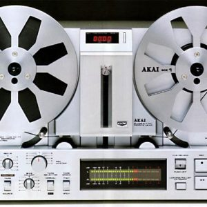 AKAI GX77