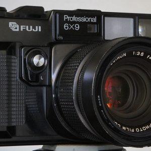 Réparation moyen format Fuji